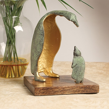Parent and Child Penguin Sculpture