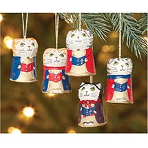 Product Image for Caroling Cat  Ornaments Set